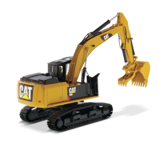CAT 1:50 568 GF Road Builder High Line Series