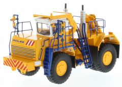 BELAZ 1:50 Medium Recovery Tractor