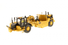Cat 1:50 627K Wheel Tractor-Scraper High Line Series